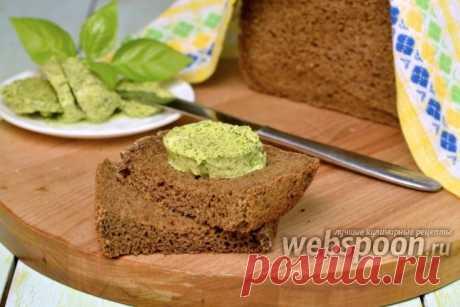 Готовим ароматное масло для бутербродов  Даже люди, ограничивающие в питании использование сливочного масла, с трудом удерживаются от соблазна намазать на ломтик свежего хлеба ароматное масло с разными добавками.   Вообще в этом случае вспоминается афоризм, что всё гениальное — просто. Добавил к маслу пряные травы или сыр, или кусочек селёдки, или, наоборот, сладкие ягоды — и получается уникальный продукт, способный украсить любое блюдо.   Самое элементарное — приготовить...