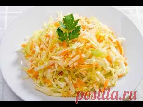 Ну, очень вкусный - салат из свежей  капусты как в СССР