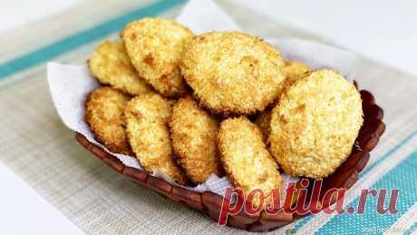 """Кокосовое печенье """"рафаэлки"""" из трех ингредиентов, за 5 минут + 15 минут на выпечку Печенье без муки, всего из трех ингредиентов и на скорую руку - кокосовое печенье. Очень вкусно и напоминает конфеты Рафаэлло."""