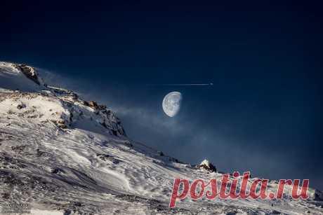 GISMETEO.RU: Что такое «горбатая Луна»? - События   Новости погоды.