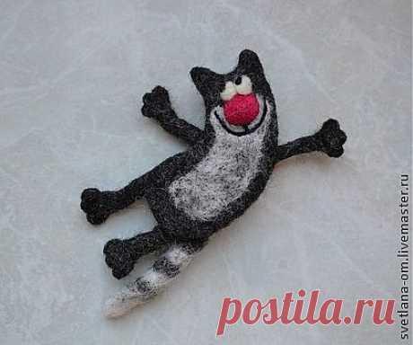 """Валяная брошь """"Улетный кот"""" - валяная брошь,коты,кот серый,магнитик,прикольный подарок"""