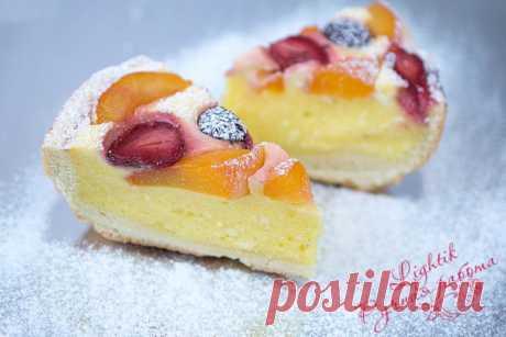 Для мультиварки. Творожный пирог с ягодами и фруктами.