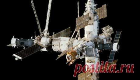Какзатопленная станция «Мир» передавала сигналы стого света — Рамблер/субботний