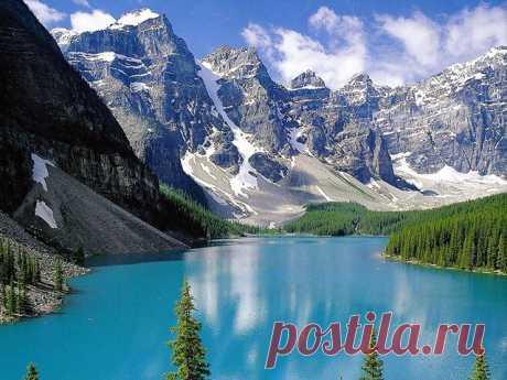 Озеро Морейн – одно из самых живописных горных озер Канады — Путешествия