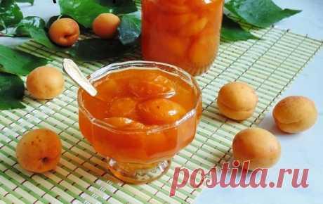 Варенье из абрикосов на зиму – рецепты пальчики оближешь! Здравствуйте! Неважно, где вы живете, но лето и начало осени - жаркая пора заготовок на зиму для всех заботливых хозяев. Уже успели наварить вдоволь малиновое, клубничное варенье, как на подходе смородина, огурцы, помидоры. В садах поспевают абрикосы, слива. Да и в магазинах эти фрукты становятся дешевле, что позволяет их тоже заготовить впрок.Сегодня будем варить абрикосовое ...