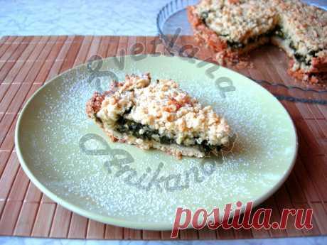 Щавелевый пирог. Очень вкусный и простой рецепт приготовления пирога со щавелем! Очень простой и вкусный рассыпчатый пирог с начинкой из щавеля. Сочетание кислой начинки со сладким тестом придает пирогу невероятный вкус!  Ингредиенты: Мука – 2 стак. Сливочное масло – 180 г Сахар –…