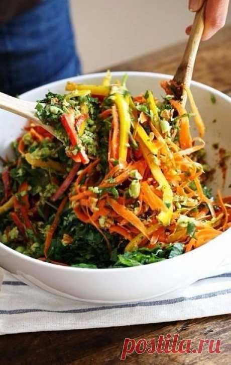 Топ-5 идей летних салатов для легкого ужина