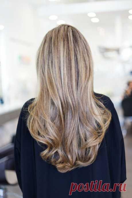 4 способа восстановить волосы  Выпадение волос может стать кошмаром. Будь это по медицинским причинам или из-за генетики, это может быть разрушительным явлением. К счастью, есть проверенные способы восстановить волосы!