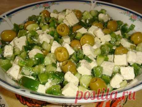 Зелёный греческий салат с сыром фета рецепт с фото пошагово - 1000.menu