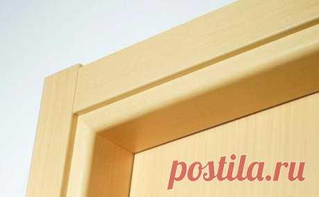 Какой способ монтажа наличников на двери самый аккуратный На первый взгляд может показаться, что установка дверного полотна – это самое легкое их всех ремонтных работ, всего-то нужно выбрать дверь и «посадить» ее на петли. Как бы ни так, ведь в процессе ремонта нужно позаботиться и о наличниках на двери.