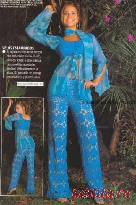 Летние брюки мотивами Летние брюки мотивами крючком. Ажурные синие брюки крючком