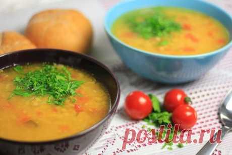 Пряный чечевичный суп спомидорами