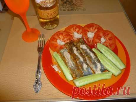 """Жареная рыба с ореховым соусом Баже Друзья ,здравствуйте!! Сегодня суббота,значит для меня день """"гастрономического разврата"""" ,ем то ,что очень захочется .А,захотелось мне жаренной рыбки с соусом Баже. Купила рыбу Хоки и все для соуса.Со..."""