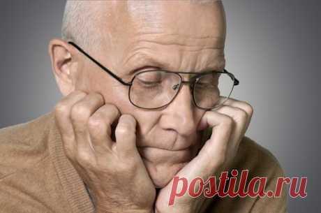 Можно ли предотвратить болезнь Альцгеймера Считается, что от «проблем с головой» глупеют, но не умирают. Это не так. Средняя медиана выживаемости при болезни Альцгеймера — 7,1 год.