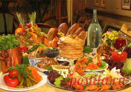 Как жили на Руси без картошки В наши дни картофель – чуть ли не главная основа русского стола. Но еще не так давно, всего каких-то 300 лет назад, его в России не ели. Как же жили без картошки славяне?  Картофель на русской кухне п…