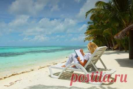дополнительный оплачиваемый отпуск Отличие дополнительного оплачиваемого отпуска от обычного. Дополнительный отпуск также положен за вредные условия труда, за ненормированный рабочий день.