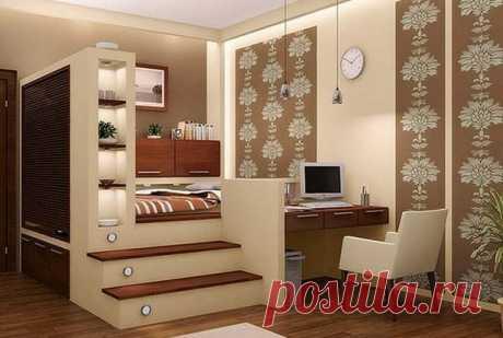 Зачем нужен подиум в квартире?  В малогабаритной квартире, где на счету каждый квадратный дециметр, уплотнить пространство можно путем устройства подиума. Такая конструкция позволяет по максимуму использовать высоту помещения, не з…