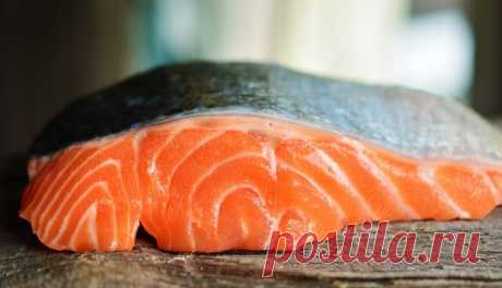 Роспотребнадзор призвал россиян быть осторожнее с рыбой — Мир новостей