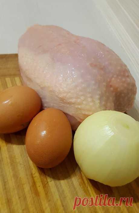 Перепробовав различные рецепты котлет из куриной грудки, поняла, что самые вкусные получаются всего из трёх ингредиентов | MyFlowersDream.ru | Яндекс Дзен