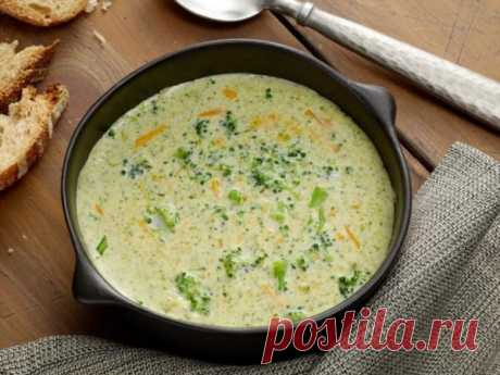 👌 Потрясающий сырный суп с брокколи, рецепты с фото Вкусный рецепт Потрясающий сырный суп с брокколи, пошаговый, с фото и отзывами 👍 Рецепты супов, Первые блюда, Блюда из брокколи, Рецепты из сыра, Сырный суп, Рецепты с молоком, Рецепты со сливками