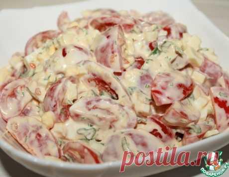 Салат из помидоров с вареным яйцом – кулинарный рецепт