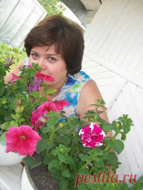 Лариса Насырова