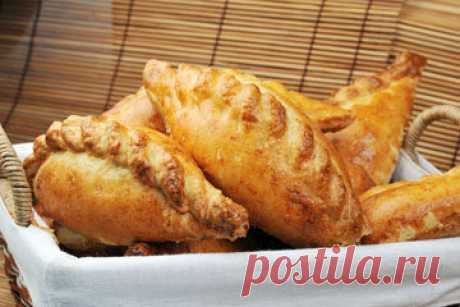 Пирожки с мясом рецепт Oggie  Пирожки с мясом - любимое блюдо очень многих. Сытное, ароматное, пикантное...  Сегодня я хочу рассказать о пирожках с мясом из Корнуолла, Великобритания.
