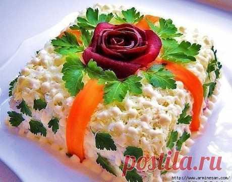 Сборник красочных и вкусных салатов на Новый Год