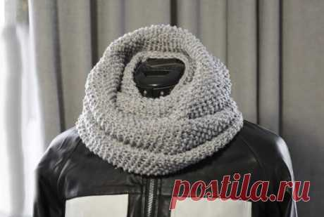 Knitting scarf in two turns, made of wool blend yarn by Helen_ok
