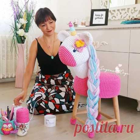 Вязаные стулья и коврики – как бы я хотела, чтобы в детстве у меня были такие же милые вещи   АРТИзба   Яндекс Дзен