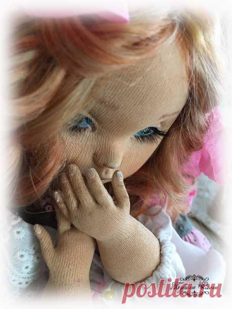 #текстильныекуклы#коллекционныекуклы#авторскиекуклы#artdoll#dollartist#doll#dollmaker#fabricdoll#textiledoll#embroi#текстильныекуклы#коллекционныекуклы#авторскиекуклы#artdoll#dollartist#doll#dollmaker#fabricdoll#textiledoll#embroidery#embroidereddoll#interiordoll#clothedoll#handmade#handmadedoll#интерьернаякукла#хендмейд#рукоделие#handmadedoll#кукларучнойработы#коллекционнаякукла#интерьернаякукла#ярмаркамастеров#будуарнаякукла#куклаболтушка#кукольнаяодежда#ручнаяработа#купитькуклу#кукольнаяобувь