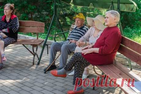 Уход за пожилыми людьми в домашних условиях