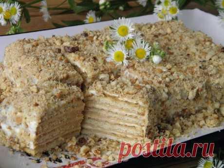 Как приготовить торт из печенья без выпечки со сметаной - рецепт, ингредиенты и фотографии