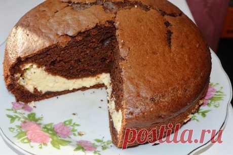 Шоколадный пирог «Лунная ночь» с творогом и сгущенкой