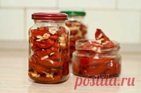 Как мариновать помидоры с чесноком: несколько необычных рецептов | О Фазенде. Загородная жизнь | Яндекс Дзен