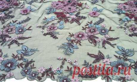 Гипюр (объемная вышивка на черной сетке) - купить ткань онлайн через интернет-магазин ВСЕ ТКАНИ