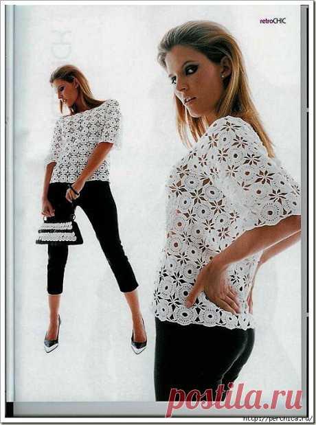 Блуза крючком круглыми мотивами.