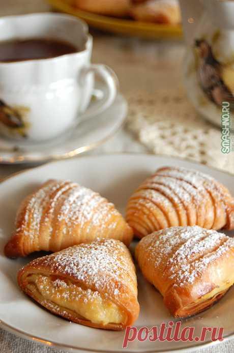 Неаполитанские слойки с начинкой | Четыре вкуса