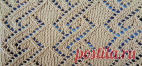 Шикарный ажурный узор вязанный спицами