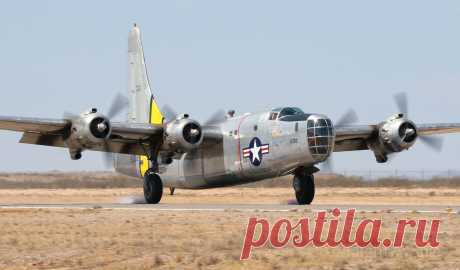 Фото PB4Y (N2871G) - FlightAware