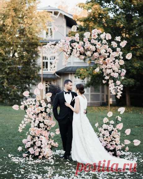 ТОП-9 идей для церемонии из нашего Instagram ⭐ 😍 Ежедневная порция свадебного вдохновения instagram.com/weddywood