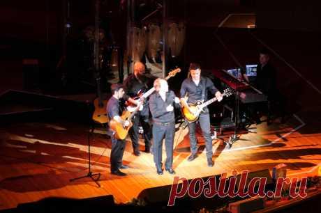 Концерт испанского певца Рафаэля в Москве - 9 апреля 2019 года - P1119183 | Sovetika.ru - фото-блог