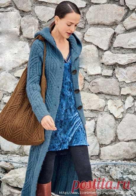 Длинное вязаное пальто с капюшоном и сумка спицами — HandMade