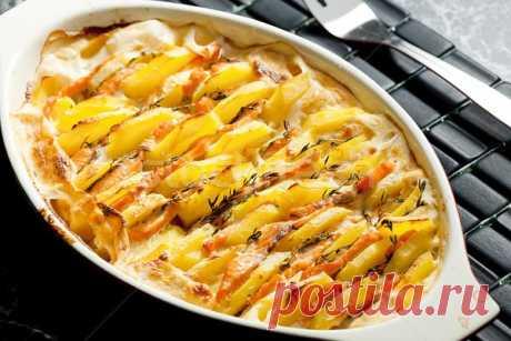 Лосось, запеченный с картофелем — Sloosh – кулинарные рецепты