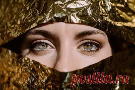 Отеки и мешки под глазами: что поможет от них избавиться | Рекомендательная система Пульс Mail.ru