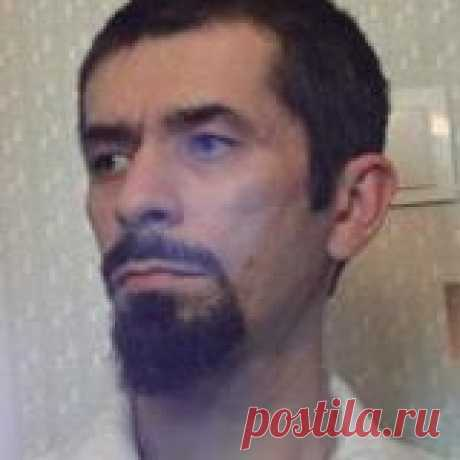 Александр Сухомлинов