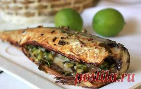 Скумбрия запеченная в духовке, пошаговый кулинарный рецепт с фото / Простые рецепты