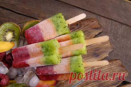 Малиновое мороженое с киви