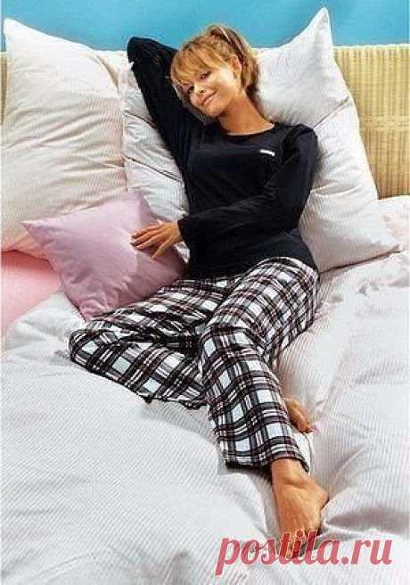 Универсальная выкройка удобных штанов для сна Универсальная выкройка удобных штановдля снаУниверсальная выкройка удобных штановдля сна хороша своей простотой и легкостью в построении.Пусть сны в таких штанах будут слаще.