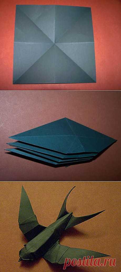 Difícil, pero el modelo muy hermoso del origami la golondrina